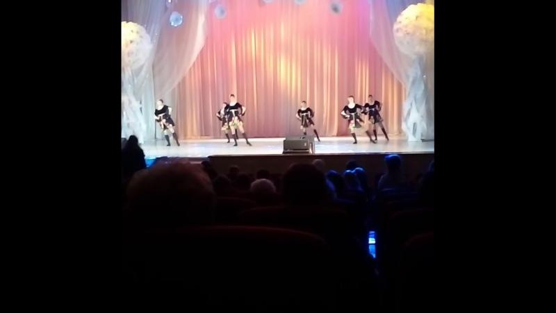 Отчетный концерт. Шоу-балет Кристалл. Калинка