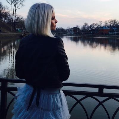 Юлена Раснецова