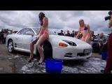 Море драйва и адреналина: девушки в Николаеве устроили эротическую мойку авто