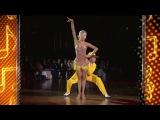 Очень красивый танец и как они классно танцуют!