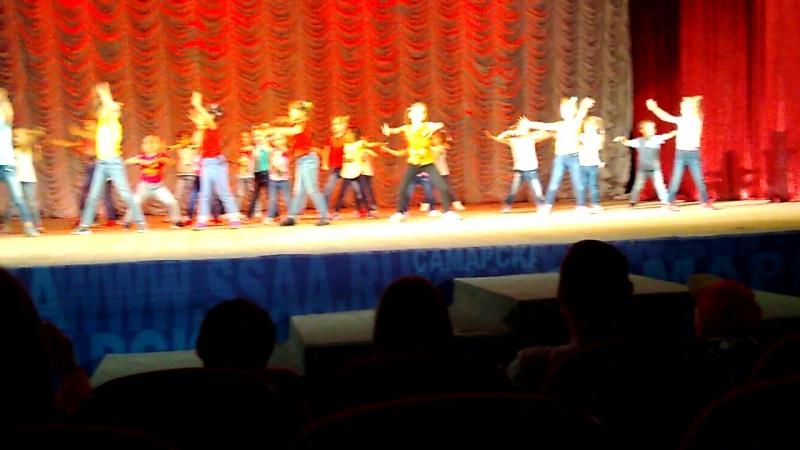 Стас первый раз на сцене, не без косяков, но мы в восторге))