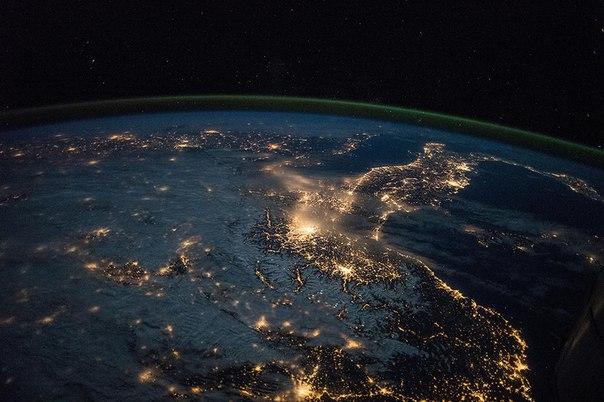 Петербуржцы невооруженным взглядом увидят МКС на ночном небе! Нескол