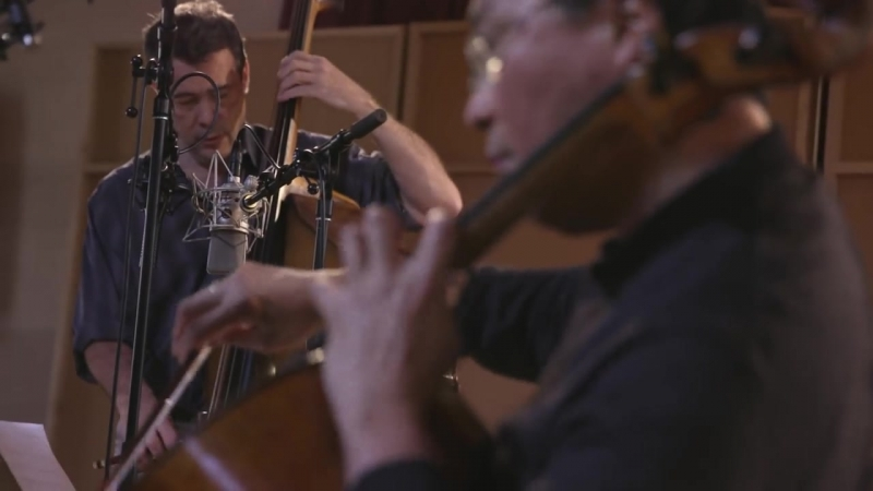 Yo-Yo Ma, Chris Thile, Edgar Meyer- Bach Trio Sonata No. 6 in G Major, BWV 530- I. Vivace