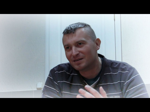 Алег Сухараў - украінскі музыка, аўтар песен ды вершаў.