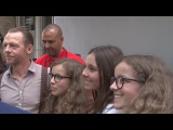 MISSION IMPOSSIBLE 6 SIMON PEGG TAKING SELFIES WITH FANS, SIGNING AUTOGRAPHS IN PARIS 2017.05.23