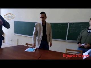 В Киеве поймали донецкого сепара доцента, участника бессмертного полка путина