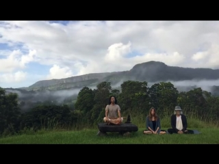 Deva Premal & Miten with Manose / from Instagram (02.02.2017)