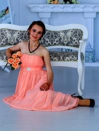 Олечка Коренкова