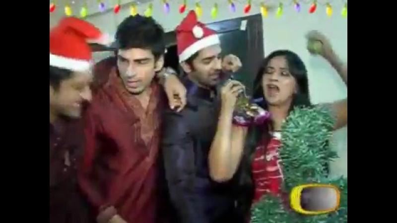 [WassupTV] 26th Dec 2011- Barun, Sanaya, Akshay, Daljeet, Abhaas, Utkarsha (Christmas Special)