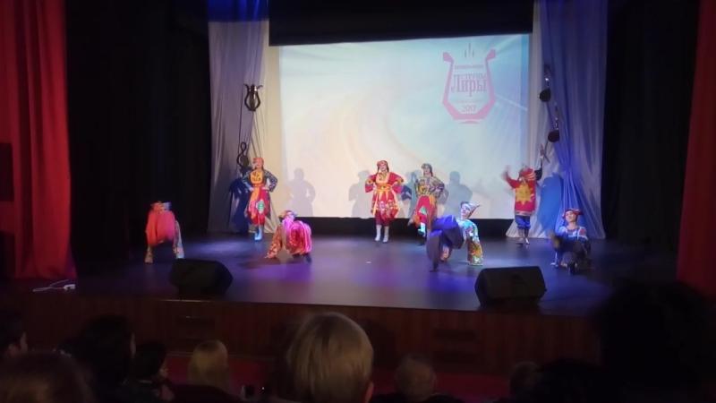 Скоморошина -театр танца Пересвет. руководитель Анна Иванникова