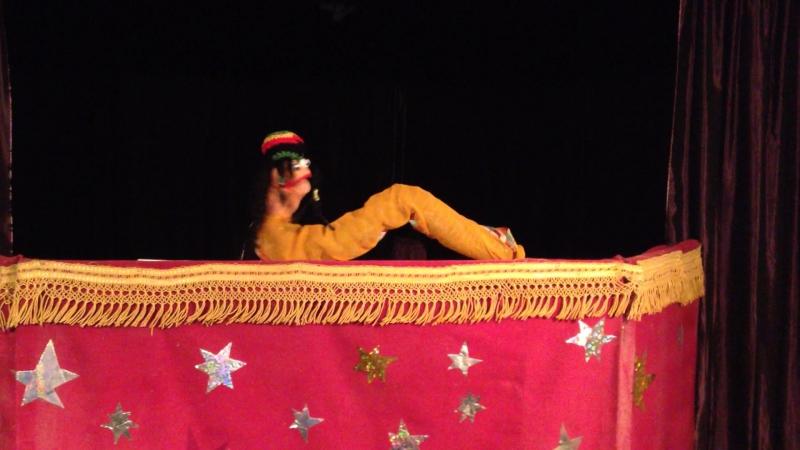 Tinga Rebus theatre Dont worry, be happy