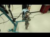 Роботы учатся естественной ходьбе
