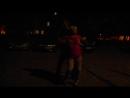 Пьяная баба танцует стретиз