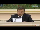 Шавкат Мирзиёев дает указние строителям заводов в Нукусе