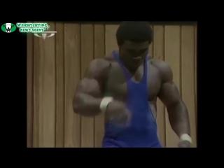 Оливер Орок - самый мышечный тяжелоатлет