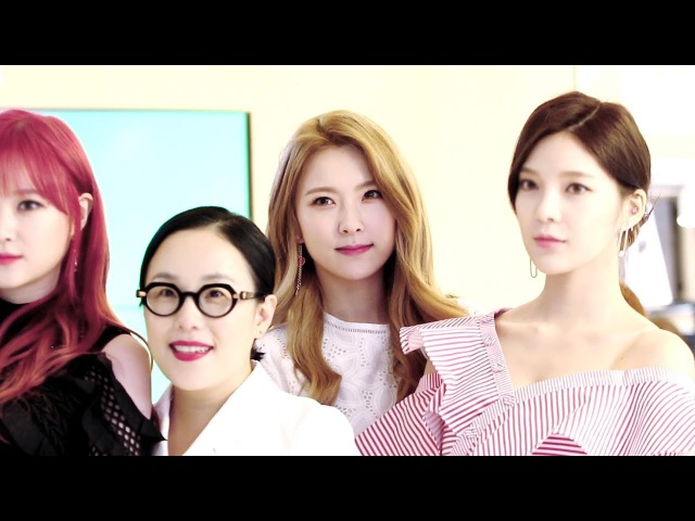 170525 Nine Muses на открытии магазина Jung Saem Mool PLOPS | 정샘물 플래그십 스토어 런칭 행사 나인뮤지스 혜미 직캠