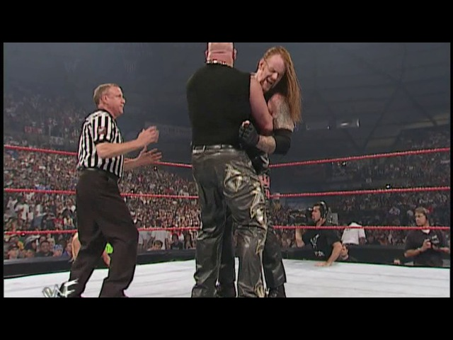 The Undertaker vs Albert, WWF RAW is WAR 02.07.2001 (feat DDP)