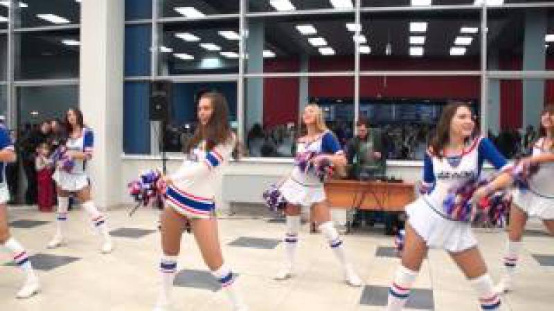 Танец группы поддержки Dance Lada