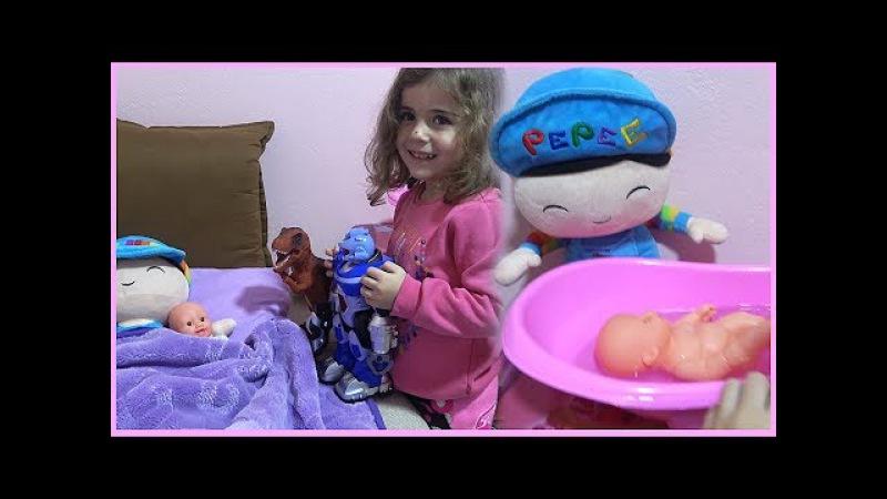 PEPEE BEBE BANYO KEYFİ YAPIYOR |Banyo Yapma Oyunları| Bebek Bakma Oyunu|