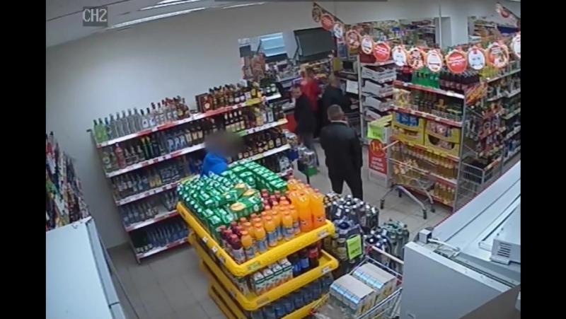В Тарногский районный суд направлено уголовное дело по факту грабежа в магазине