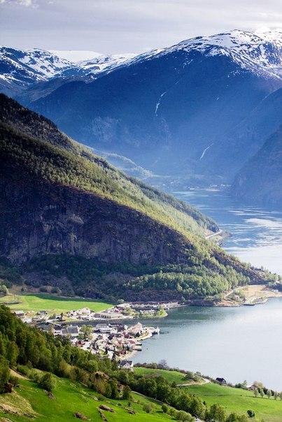 Роскошные пейзажи Норвегии - Страница 5 TqPDu2sSfgY