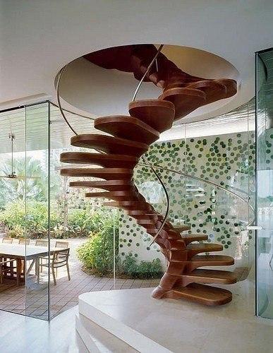 Изящная лестница