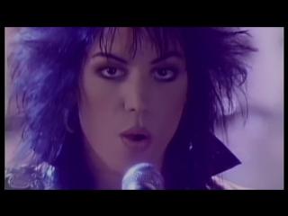 Joan Jett & The Blackhearts - I Hate Myself For Loving You (1988)