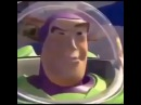 Buzz look an alien coub