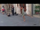 Ballerina from Palestine could not resist the melody of a street musician in Italy