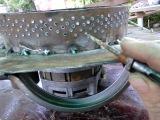 Дробилка зерна из двигателя центрифуги стиральной машины
