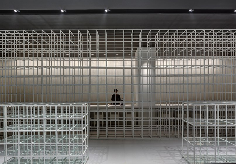 yamazaki kentaro design workshop completes gridded interiors