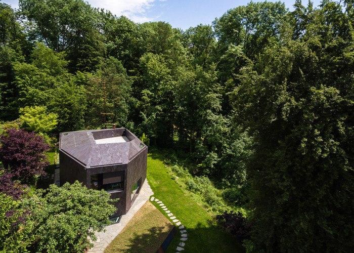 В швейцарском городе Базель появился оригинальный дом.