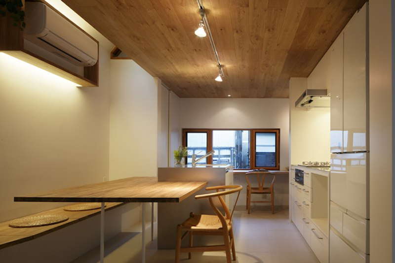 Maximizing Vertical Space and Light on a