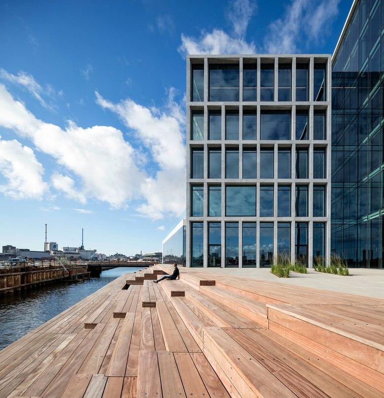 Офисный комплекс Bestseller в городе Орхусе, Дания,