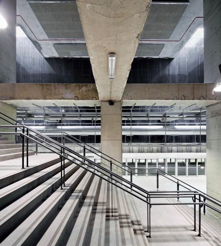 Часть 4. Три станции метро в Барселоне