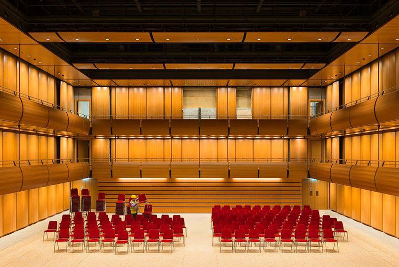 renzo piano unites opera house and library