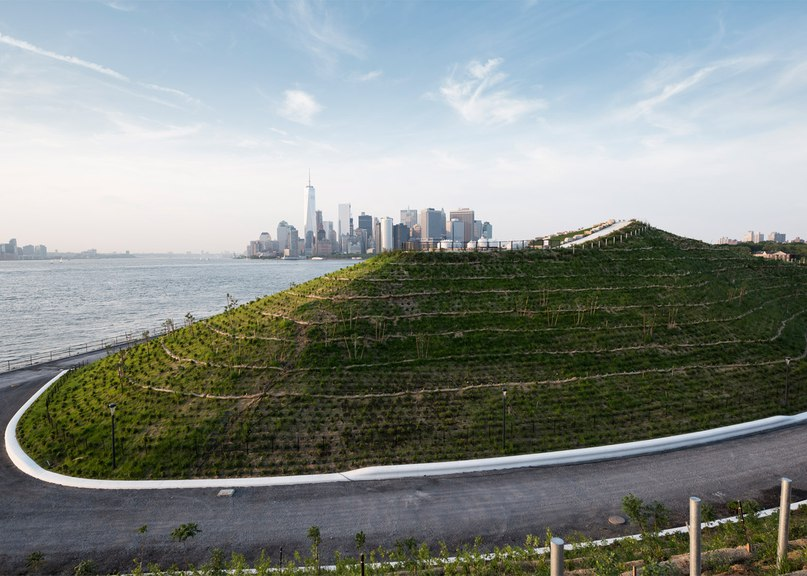West 8 creates artificial hills on New