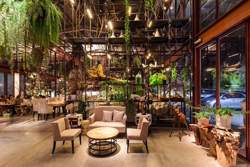 Hypothesis converts tractor warehouse into plant-filled restaurant