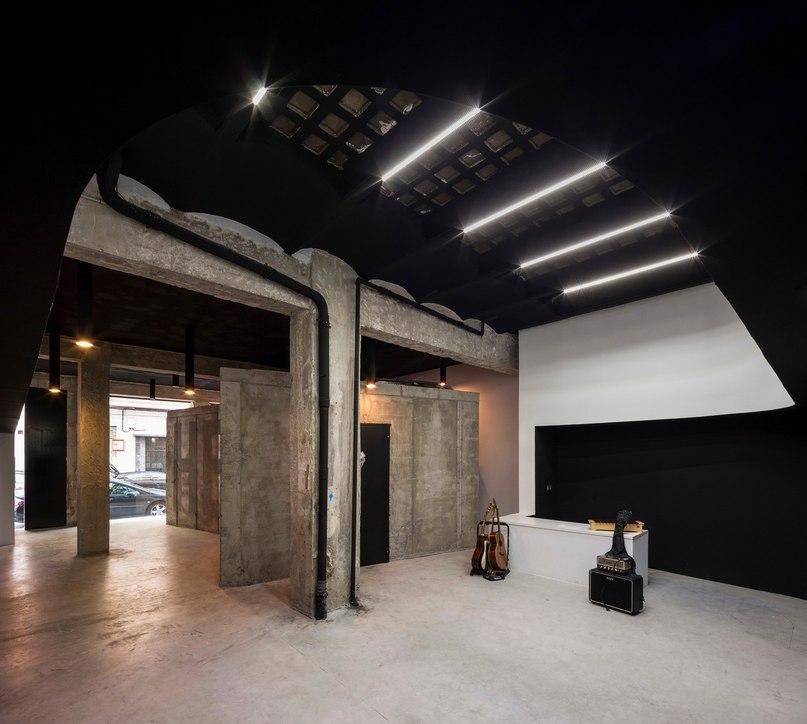 Cuac Arquitectura создали оригинальные архитектуру и дизайн