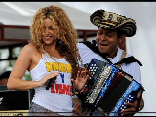 Concierto en Leticia-Shakira (La Independencia Colombiana) LA GOTA FRÍA __ TU __ NO. 20-07-2008