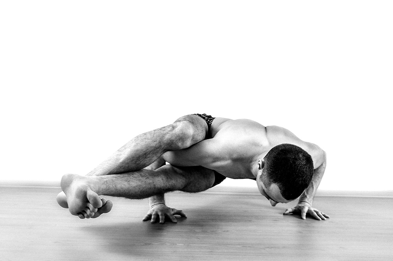 асана, йога, хатха-йога, юкти-йога, нитха-йога
