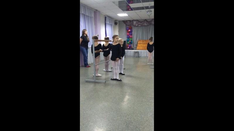 Ансамбль танца ТОПОТУШКИ