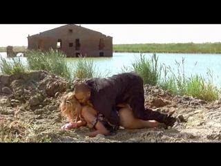 худ.фильм эротика про девушку с которой грубо обращаются(бдсм: унижение, принуждение) Bambola(Бамбола) -1996 год, Валерия Марини