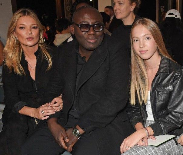 Кейт Мосс представила подросшую дочь на показе Topshop