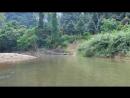 Сплав по реке на бамбуковых плотах