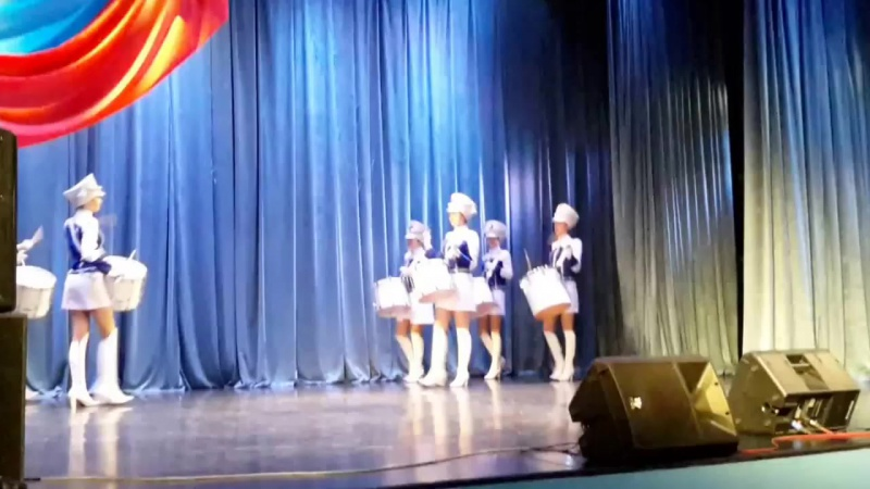 Шоу-группа Барабанщицы