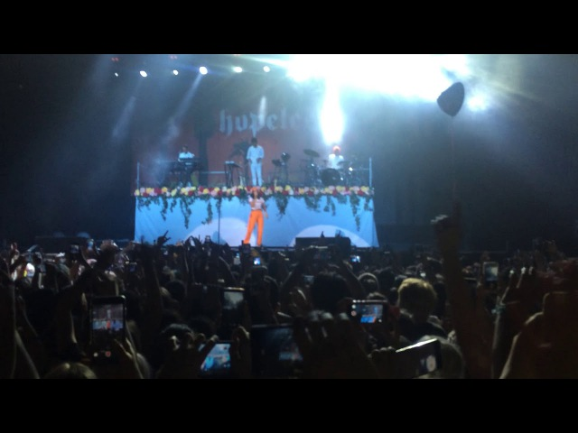 Halsey - Don't Play (Live in Moscow)