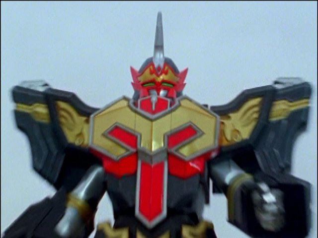 Centaurus Phoenix Megazord First Fight (Power Rangers Mystic Force) - Debut.