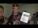 Surprising Vanilla Ice with a rare item