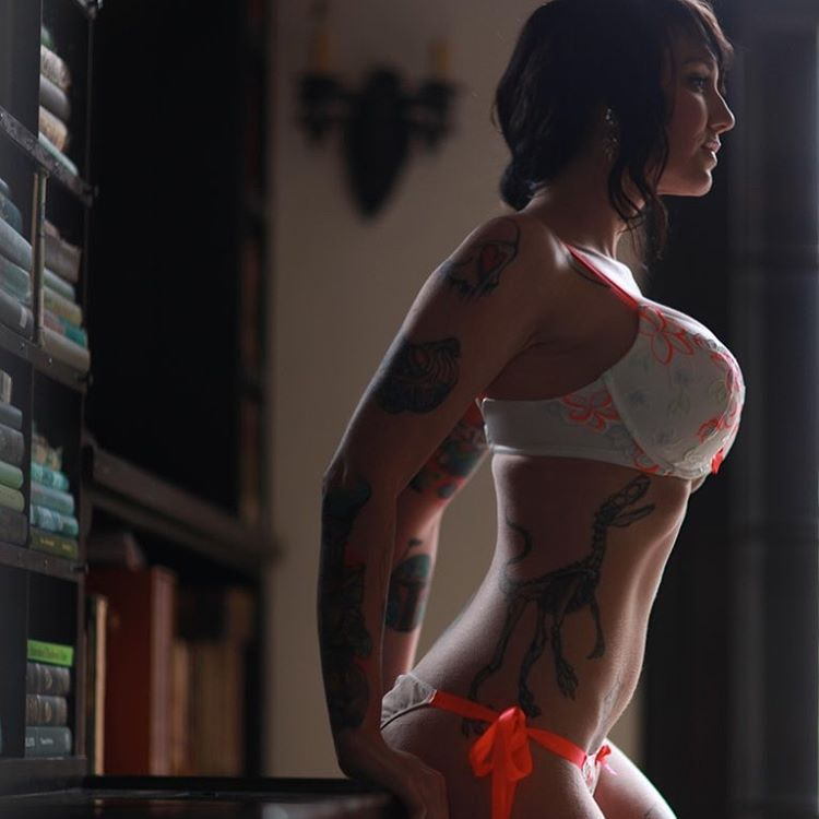 Girl players having sex